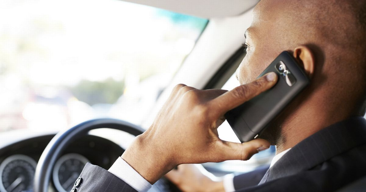 UK steps up penalties for drivers caught using phone