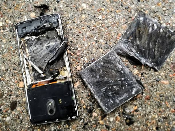 Nokia 3.1 exploded. Why? No one knows