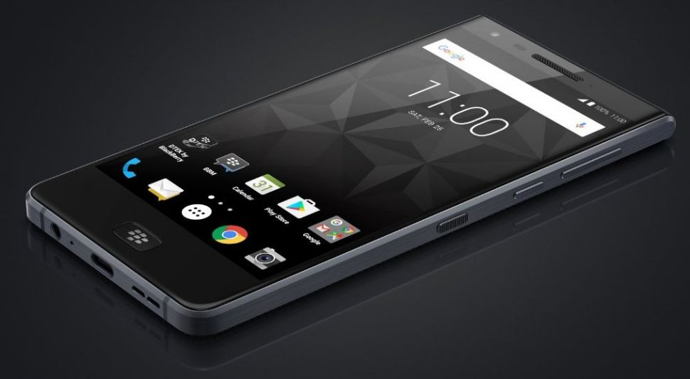 BlackBerry Motion leaked. Waterproof, touchscreen and more