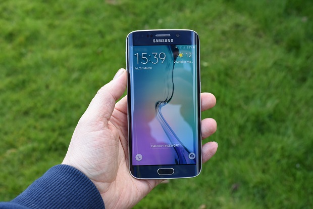 Samsung Galaxy S6 edge gets its October security patch